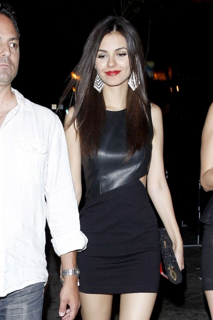 Victoria Justice S Black Leather Cut Out Dress Look For