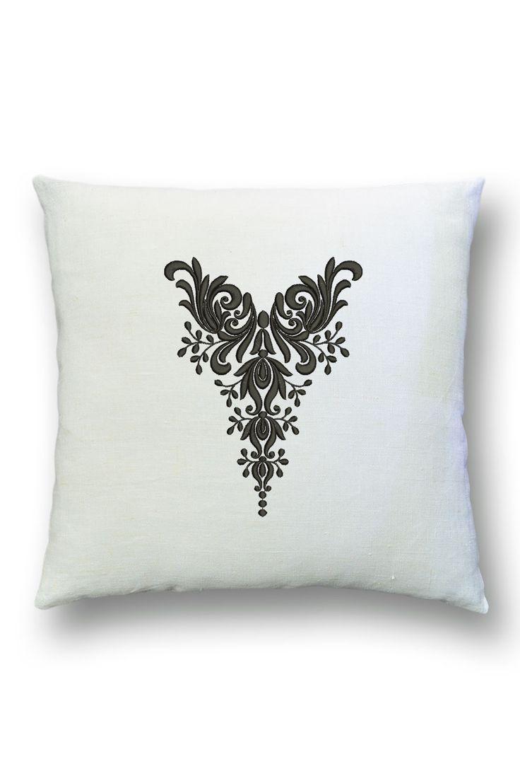Подушка винтаж из льна с вышивкой. Интерьеры винтаж. Текстиль