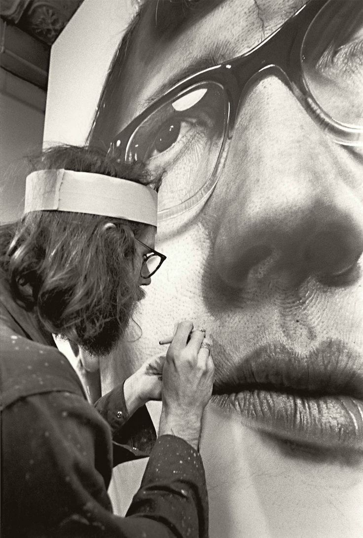 More Chuck Close, this man is a artistic genius -- especially when you think about his mental disability.