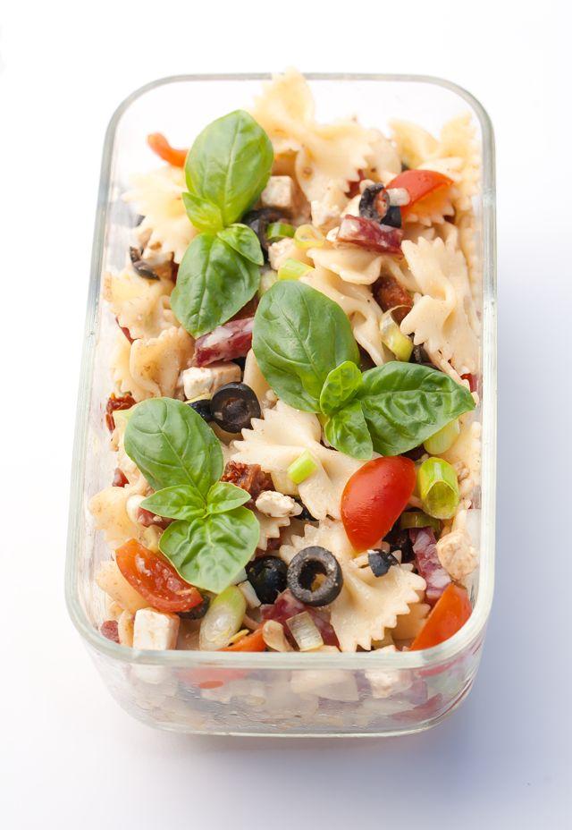 Mediterranean Pasta Salad - Mediterraner Nudelsalat