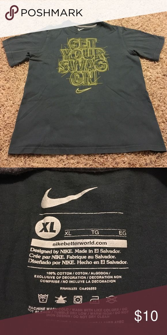 Nike t-shirt Good condition juniors t-shirt Nike Shirts & Tops Tees - Short Sleeve