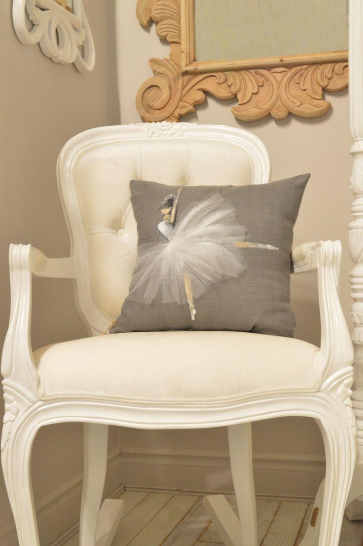 #shenasiconcept Custom designed cushioncover for nursery, girl's room, or grown ups loving ballerina !