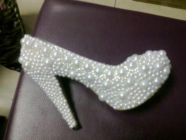 Incili ayakkabi