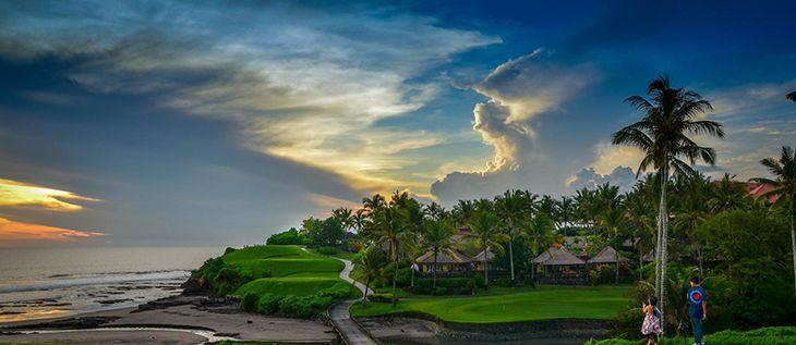 черный песок на Бали