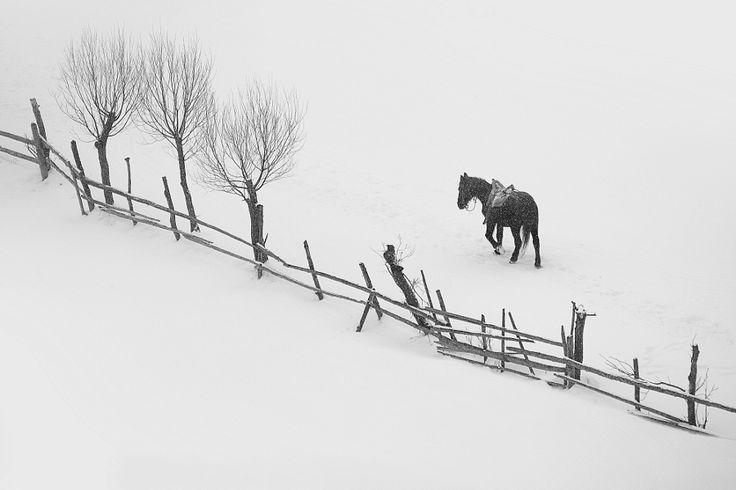 Satul romanesc de munte by Ionescu Cosmin - Photo 140942817 - 500px