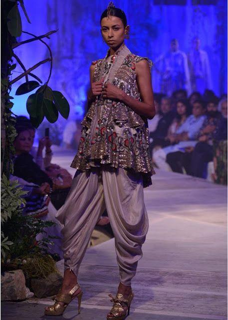 Fashion: Anamika Khanna at India Bridal Fashion Week 2013