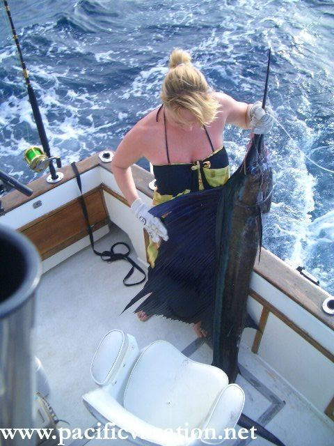 Deep sea fishing zihuatanejo mexico deep sea fishing for Deep sea fishing mexico