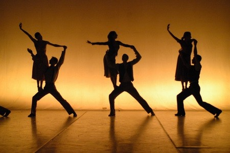 Sillouette of contemporary dance