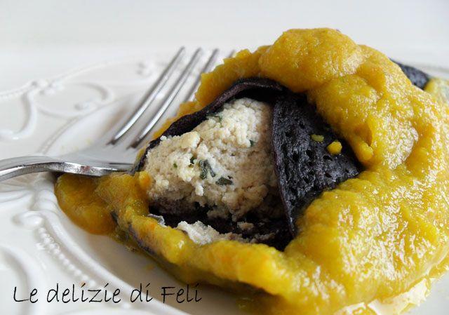Cannelloni di riso nero con crema di zucchine gialle