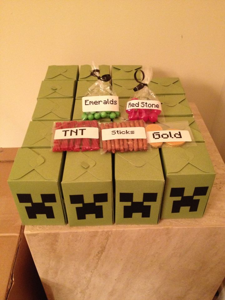 Baby Shower Favor Boxes Pinterest : Minecraft creeper favor box sue s crafts