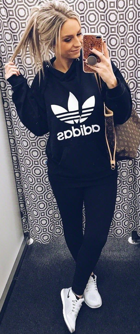 #winter #outfits  black Adidas pullover hoodie. Pic by @alexispaigeb.