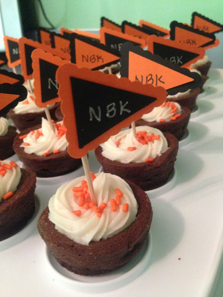 Brownie Bites with buttercream frosting. Decorated with the Stampin ...