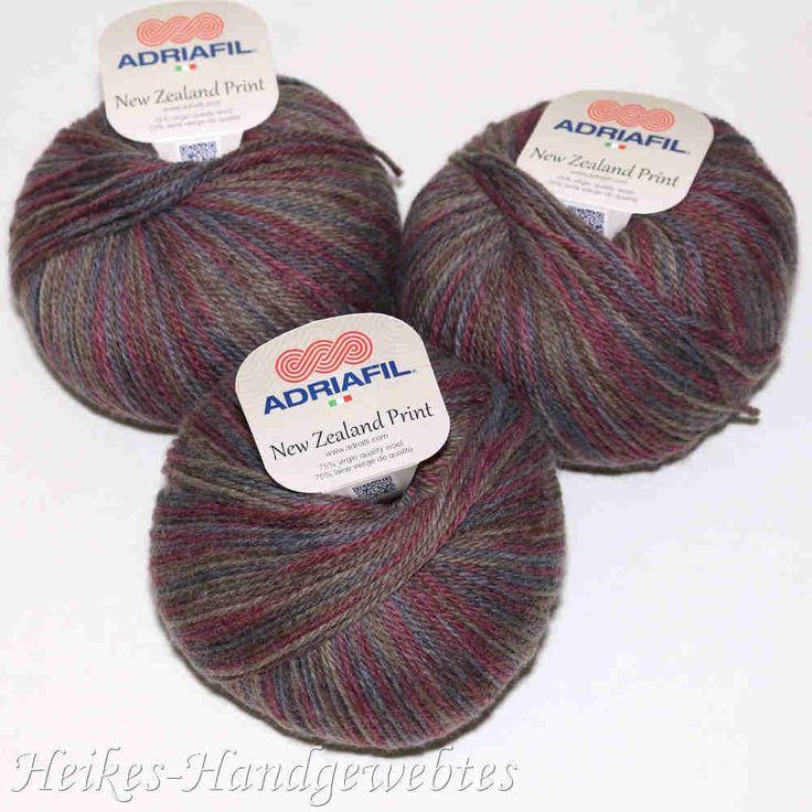 New Zealand Print Dunkles Multicolor von Adriafil - Heikes Handgewebtes