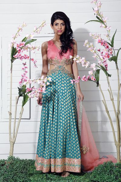 pink, blue, pink and blue, gown, cut away gown, side cut out gown, banarsi fabric gown, sleeveless gown , mehendi outfit, friend of the bride outfit, sister of the bride  gown,
