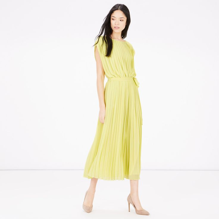 Warehouse, PLEATED BELTED DRESS MYLW 2