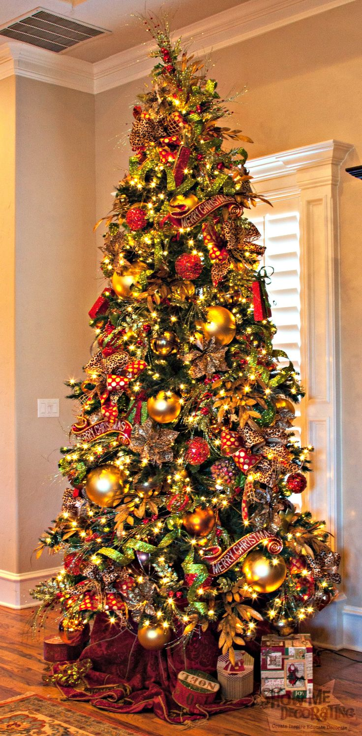 Red and gold christmas tree decorating ideas - Show Me A Home For The Holidays