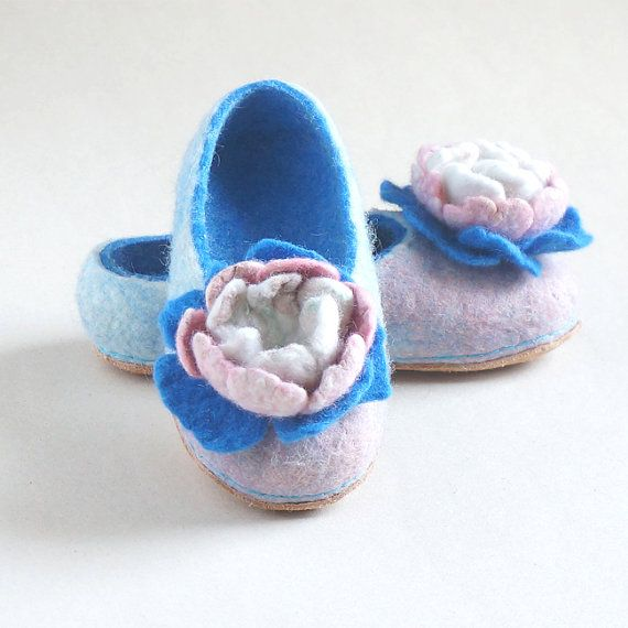 http://rubies.work/0493-sapphire-ring/ Felted women slippers felt slippers women house by VaivaIndre