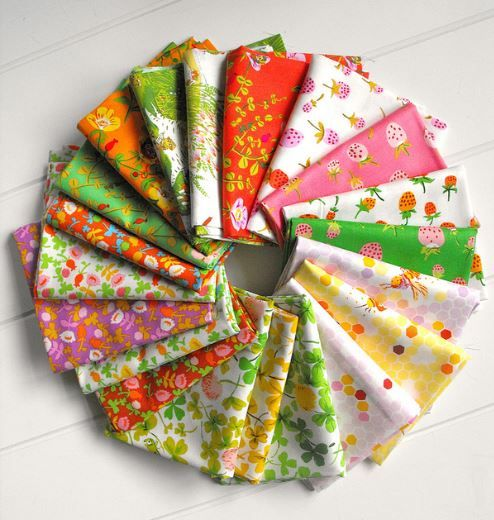 Novices Take Note!  How to Choose Fabric for a Quilt. Circle of Colorful Fabrics