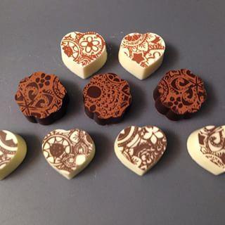 Yelibelly Chocolates @yelichocolate Instagram profile - Pikore
