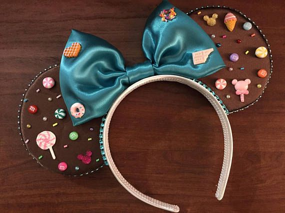 Vanellope von Schweetz inspired Mickey Ears keychain Wreck it Ralph inspired Disney headband keychain