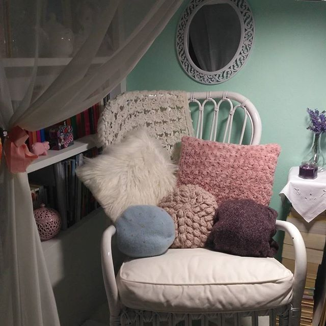 This chair #home #homedecor #homedesign #decoration #instadecor #style #beauty #greecestagram #like4like #athensvoice#girl #design #pillows #cozy #mirror #thessaloniki #instalifo #instamoment #chair