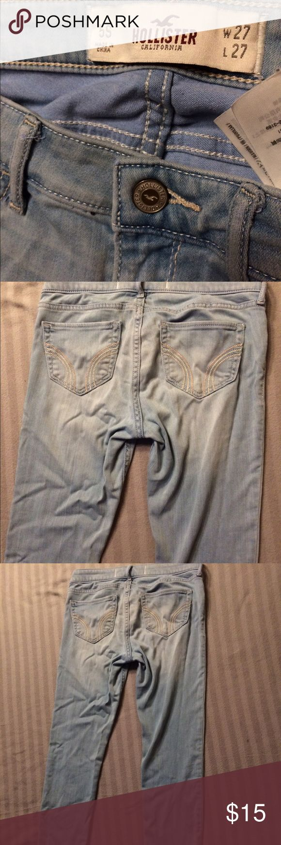 Women's Hollister light wash size 5s skinny jeans Womens hollister legging jeans skinny light wash, not regular skinny jeans but the legging stretch ones size 5 short W 27 L 27 may be typical signs of wear but great condition Hollister Jeans Skinny