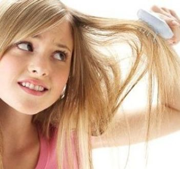 Possible Causes Of Hairfall In Women