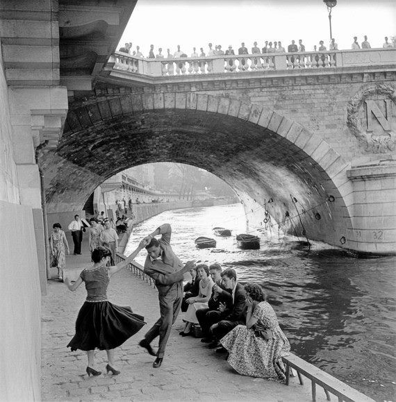 """Paul Almasy  I love this bridge!  The first time I was in Paris, I took a picture of it since my maiden name starts with """"N.""""  Love the picture!  Rock'n'Roll sur les Quais de Paris, 1955"""