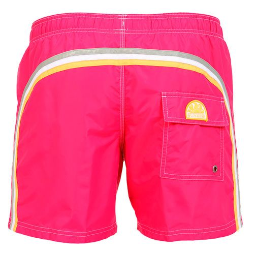 DARK PINK MID-LENGTH SWIM SHORTS WITH ELASTIC WAIST AND RAINBOW BANDS Dark pink nylon taffeta mid-length boardshorts. Three rainbow bands on the back. Elastic waistband with adjustable drawstring. Internal net. Two front pockets Back Velcro pocket. Sundek logo on the back. COMPOSITION: 100% NYLON. Model wears size M he is 189 cm tall and weighs 86 Kg.