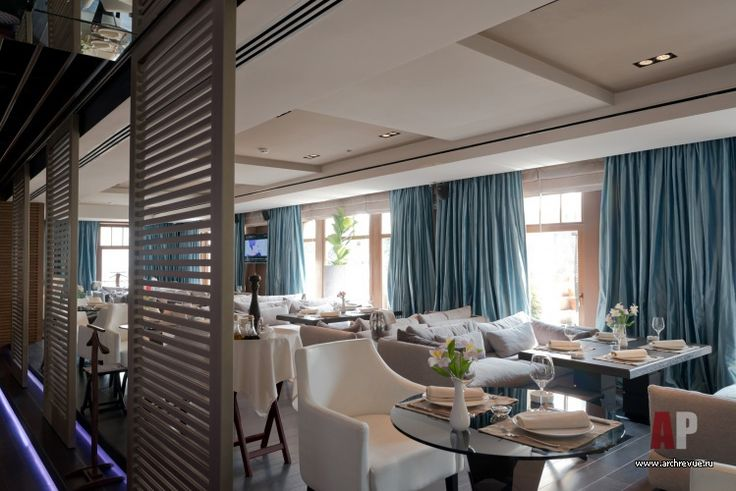 Фото интерьера зоны отдыха ресторана в стиле гламур