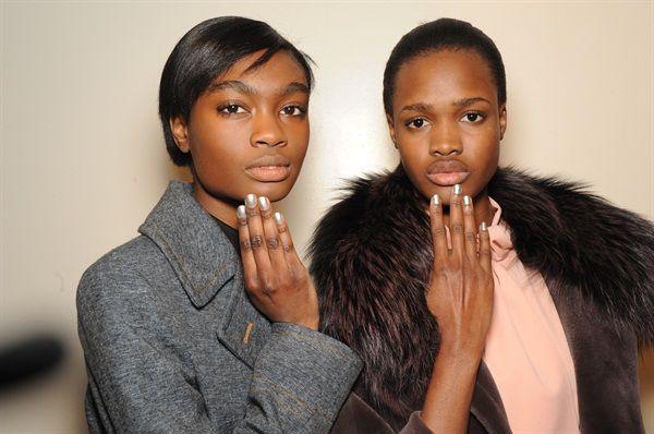 Моды Ф/Ш 2015: масло Лондон для Тадаши Шоджи и существа ветра - - журнал Nails
