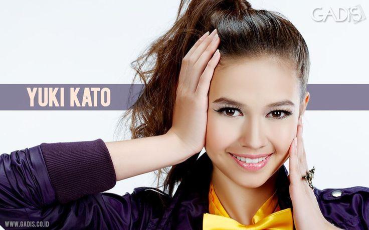 Yuki Kato at Majalah Gadis