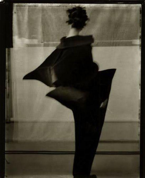 Issey Miyake, 1995 Sarah Moon