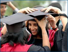 Diploma in Computer Application About Diploma in Computer Application :  Eligibility of Diploma in Computer Application :  10+2 of any discipline Duration of Diploma in Computer Application : One year  Admission Helpline No. +91 9999 13 7074,  09999 2928 37