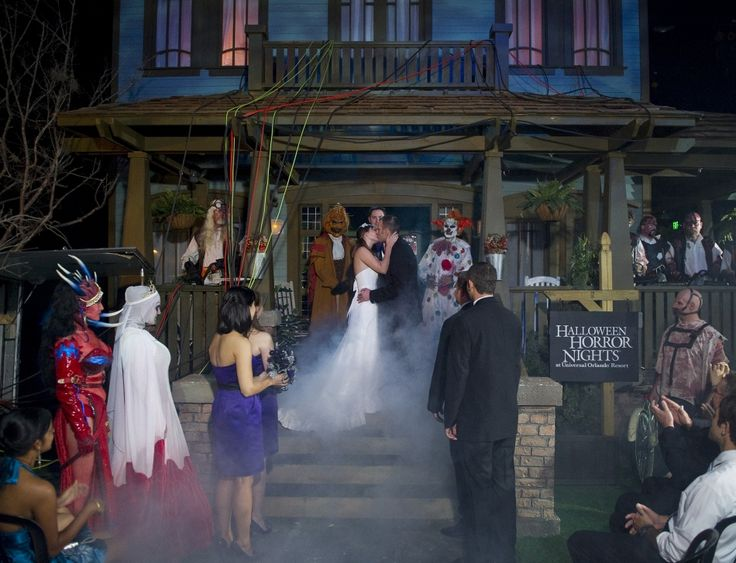 How about a Halloween themed wedding at Universal Studios Halloween Horror Night