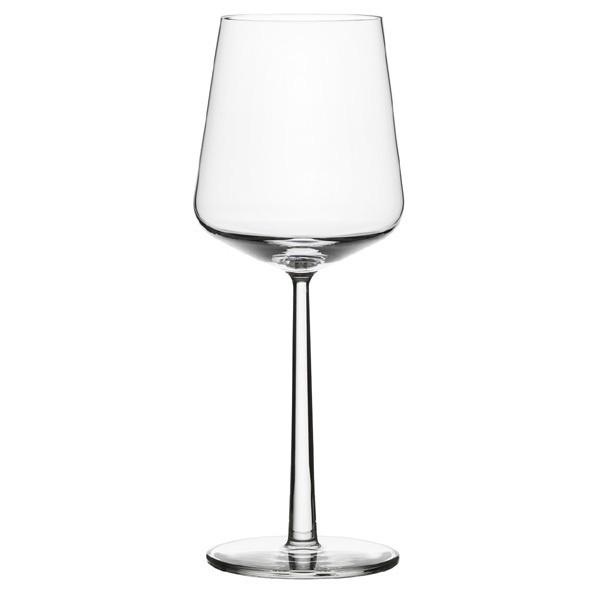 my fav to drink red wine from. i swear it tastes better! Iittala Essence Red Wine Glass 45 design by Alfredo Häberli