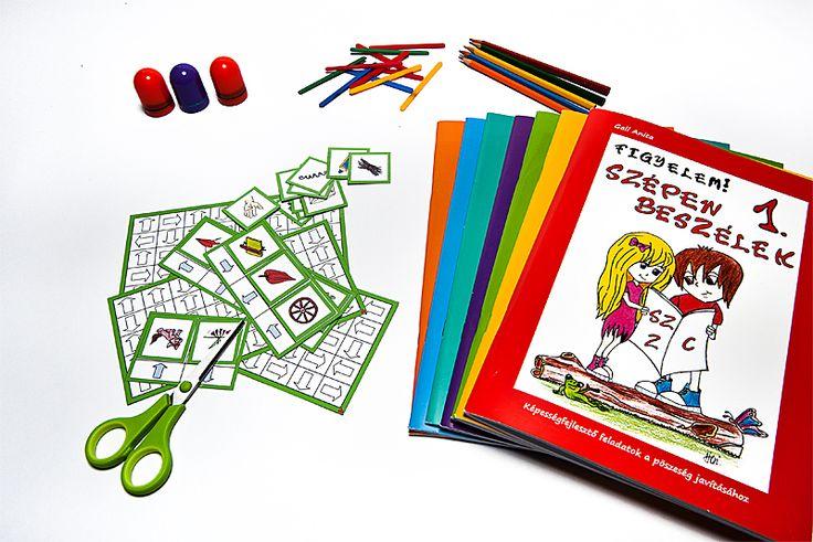 Az eszközök igazodnak a munkafüzetek feladataihoz, így segíthetik az órai szemléltetést és az otthoni gyakorlást.