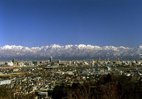 Toyama city, the best spot to view the Tateyama Mountain Range