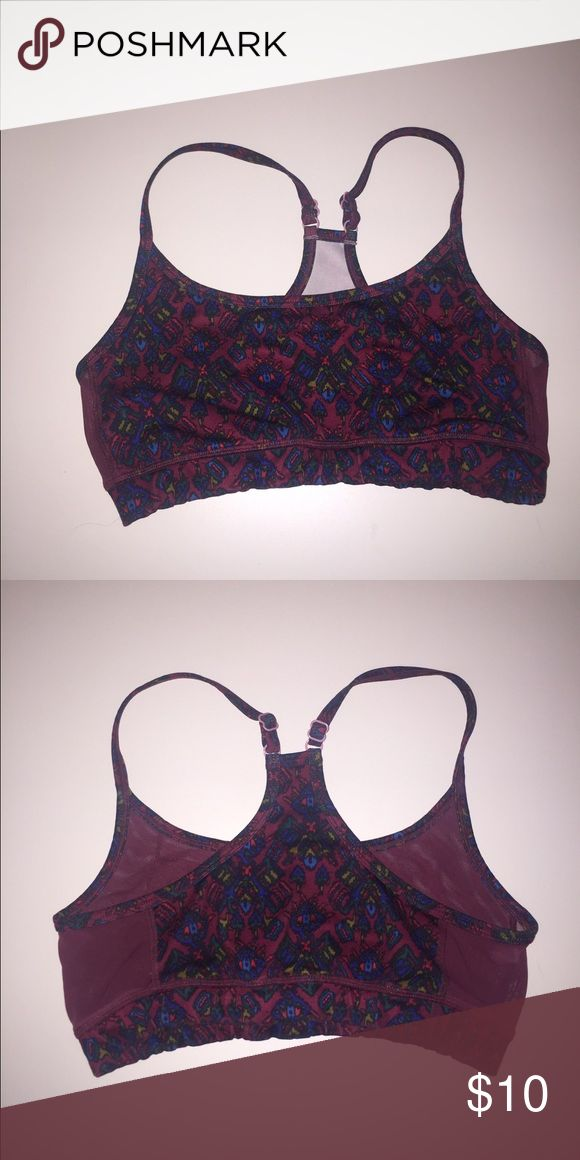 Patterned sports bra Super cute maroon, patterned sports bra. Adjustable straps and mesh for vent on the sides! aerie Intimates & Sleepwear