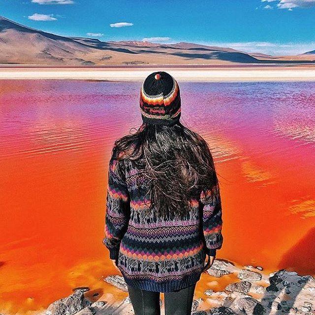 Seeing red in Bolivia with @harpingonthebizarre #lagunacolorada #neverstoptravelling #regram