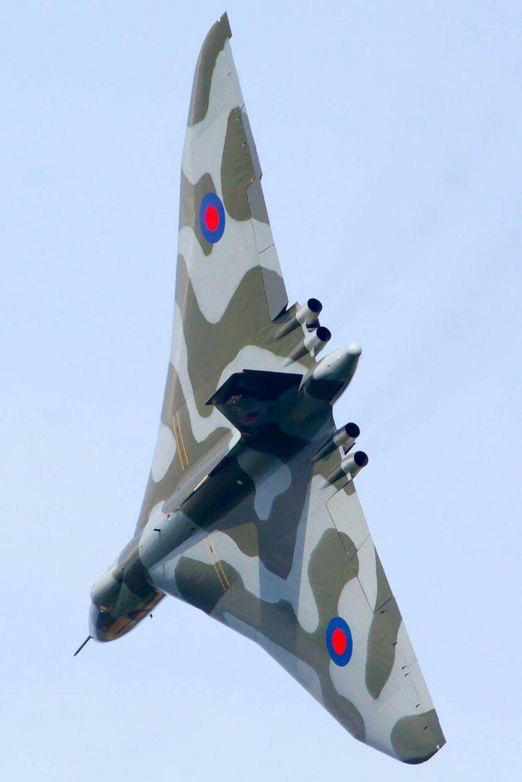 Avro Vulcan Robin Hood airfield,   Doncaster uk. Final flight 2015. Retired .