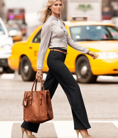 black pants + skinny belt + nude shoes + gray shirt Office