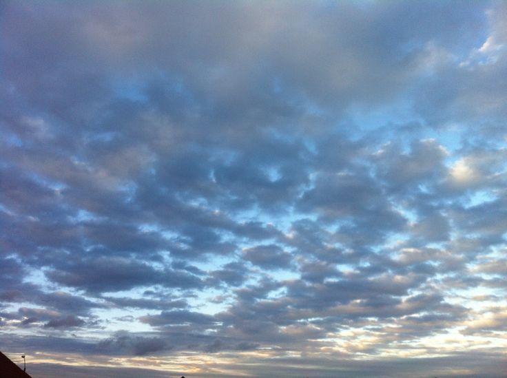 cuando vives en la nuves es la etapa mas linda que vives <3