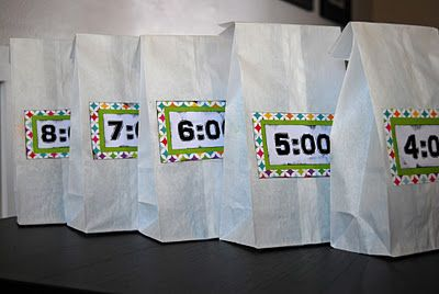 New Year's Eve party for kids. Countdown bags for the kids to open each hour with a checklist of fun things inside it!