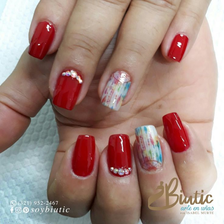 ❤️❤️❤️ Manicura con esmalte convencional. . ☎️ Pide tu cita: (7) 612-2062 • (321) 952-2467 Carrera 17 # 53-16 Barrio Uribe Uribe 💐 #Barrancabermeja #Santander #Colombia . . . #BIUrself #Biutic #PorIsabelMurte #arteenuñas #uñascolombia #uñasbarrancabermeja #manicura #manicuracolombia #manicure #nailart #naildesign #nailslove #nailpolish #masglo #nailtattoo #atrapasueños #stickerart #stickernails #stickernailart #watertattoo #rednails #cristalesenuñas #crystalnails