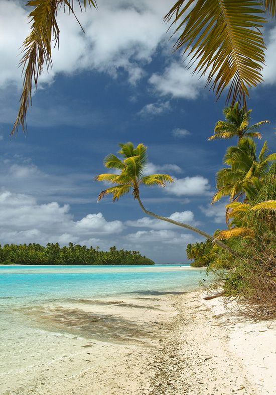 Heaven on Earth: Aitutaki, Cook Islands... What a surreal paradise!!  © e t d j t™ pictures / Patrick Jaussi