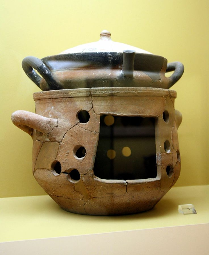 Ancient Greek brazier and casserole, 6th/4th century BC, exhibited in the Ancient Agora Museum in Athens, housed in the Stoa of Attalus