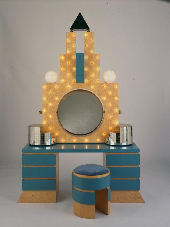 U0027Plazau0027 Dressing Table And Stool, 1981 | Michael Graves / Birdu0027s Eye Maple