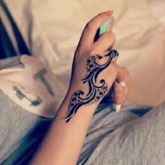 #mehendi #henna #hand #design #beautiful #lovely