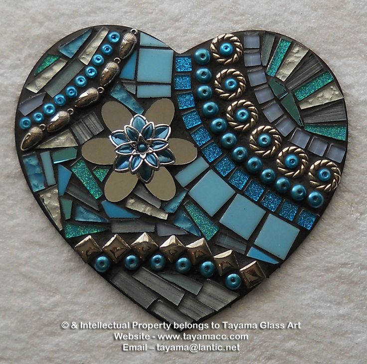 Mosaic Heart - Turquoise -https://www.facebook.com/groups/TayamaCrafts/
